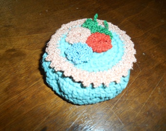 Vintage Crochet Small Pin Cushion Trinket Box