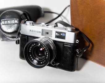 Konica Auto S2 Camera 35mm Film 1970s Leather Cover/Case Vivitar Flash and Carrying Case