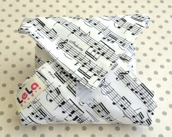 Reusable Sandwich Wrap, Fabric Lunch Wrap, Eco friendly Sandwich Wrap, Cotton Sandwich Wrap,Lunch Place mat, Sheet Music Black and White