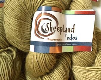 55% Off Superwash Merino Worsted Todos Sheepland Single Ply Playa Formento Gold 235 Yards 3.5 Oz