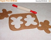 TURKEY SALE Felt Food - 4 Piece Gingerbread Cookies with Dough cutout and Rolling Pin Felt Play Food