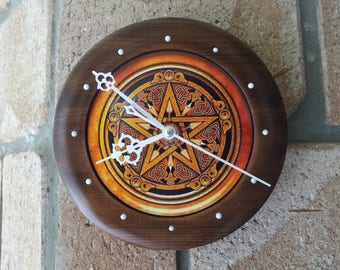 Pentacle Clock with Howlite made from Cedar, Pentacle Clock, Howlite Crystals, Pentagram, Wicca, Pagan Clock, Unique Clocks, Wooden Clocks