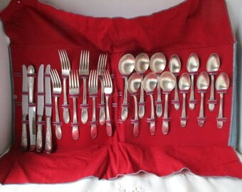 Rogers & Sons IS Silverplate Champagne Burgundy NO Monogram Set 23 Pieces Flatware