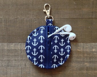 Circle Zip Earbud Pouch / Coin Purse - Navy and White Anchors