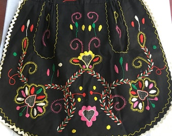 Vintage Jalisco Mexico Black Hand Embroidered Folklore Apron Housewarming Gift idea
