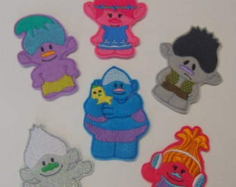 Trolls Finger Puppet Set With Adorable Storage Bag