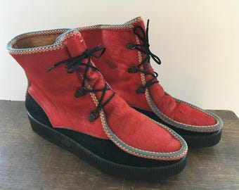 Vintage red boots Faux fur Eskimo boots Made in Italy Mukluk Boots Winter Boots Lace Up boots Winter boots