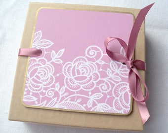Miniature gift box with pink lace tag, set of 3