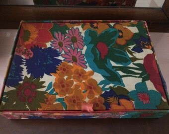 Vintage Fabric Flowered Floral Jewelry Box