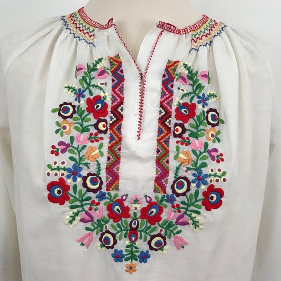 Vintage embroidered peasant blouse Hungarian embroidery bohemian shirt UK 10 stitched floral folk 1940s style 70s does 30s