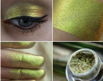 Eyeshadow: Marvellous Baby - Mermaid. Greenish-gold metallic eyeshadow by SIGIL inspired.