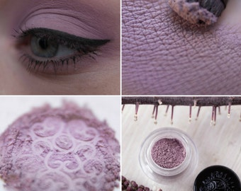 Eyeshadow: Training Post Dove - Light Castle. Lilac matte eyeshadow by SIGIL inspired.