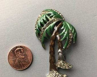 Vintage palm tree pin