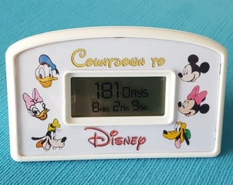 Countdown to Disney - Disney Countdown Clock - Character Faces - Mickey Minnie Donald Daisy Pluto Goofy - Battery Operated