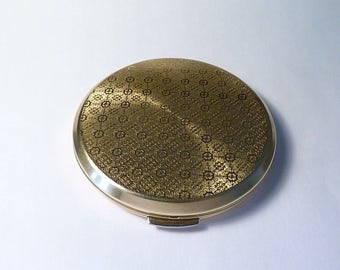 Vintage bridesmaids gifts Stratton powder compacts