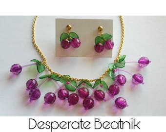 ON SALE Cherry necklace and its posts earrings - 40s 50s style