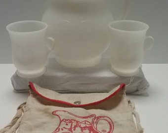 Vintage Kool Aid Pitcher with 2 Cups and a Small Knap Sack