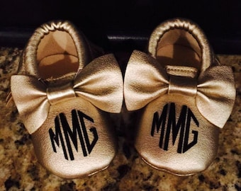 Baby Monogram Mocassins, Gold Mocassins, walker shoes baby , PU leather moccasins, baby first year shoes, baby booties, one year outfit
