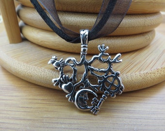 Cimaruta Witches Protection Pendant Amulet Necklace Strega Stregharia Talisman Italian Witch Craft Pagan Wiccan Witch Craft Good Luck Charm