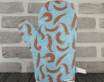 Ottering About Cute River Otter Patterned Oven Mitt