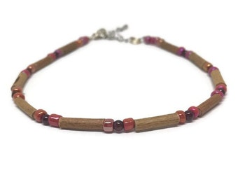 Hazelwood anklet bracelet with small garnet
