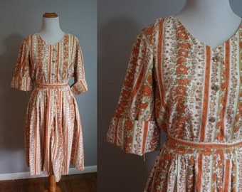 1960's Day Dress // Orange Floral Print // Medium