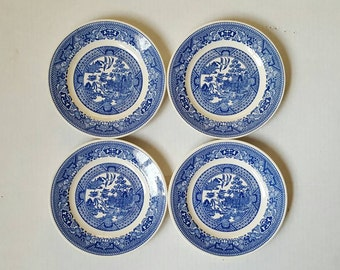 Set of 4 Blue Willow salad luncheon plates