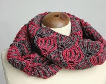 Infinity scarf brioche