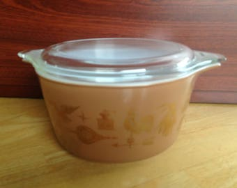 Pyrex Early American Heritage 1 Quart Casserole with Glass Lid #473