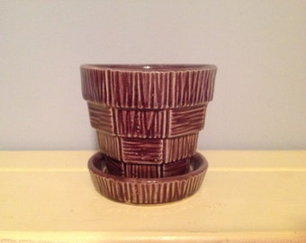 Small McCoy Basket Weave Planter