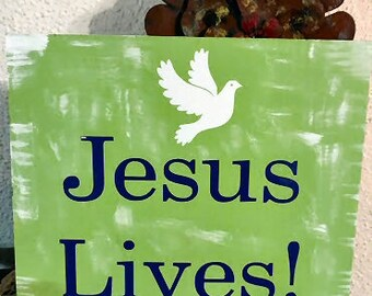 A Cute Spring Jesus Lives Sign , Easter , Outdoors , door