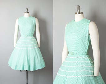 Vintage 1950s Dress | 50s Mint Green Gingham Cotton Sundress Lace Full Skirt Day Dress (small)