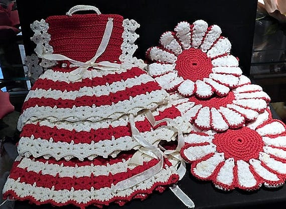 Hand Crochet Dress Pot Holders / Potholders / Mid Century