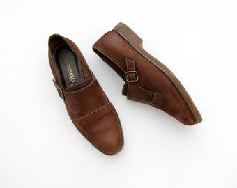 Vintage shoes // monk strap brown suede leather oxfords // buckle shoes // crepe sole