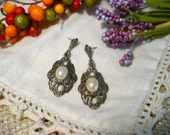 Silver and Pearl Earrings Victorian Style Post Earrings, Tarnished Shabby Chic, Pierced Ears