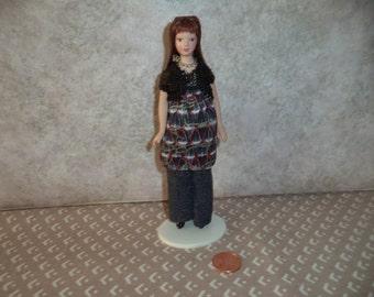1:12 scale Dollhouse Miniature Modern Lady Doll (Dark Brunette)