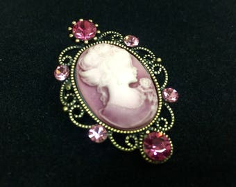 Pink cameo brooch