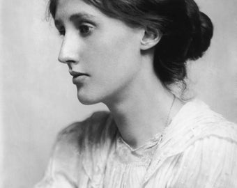 Writer Virginia Woolf , Photo