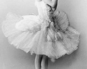 Russian ballerina Anna Pavlova in The Swan by Mikhail Fokine