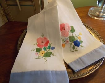 "Vintage Linens ""Set of Two"" Appliqued Hand Towels, Tea Towels"