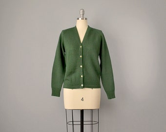 """60s Sweater // 1960's Deadstock """"White Stag"""" Green Virgin Wool Cardigan // M, L"""