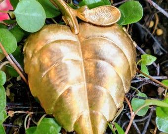 Leaf, pin locket.  Mid century, Avon, perfume glace brooch.  Big gold leaf.