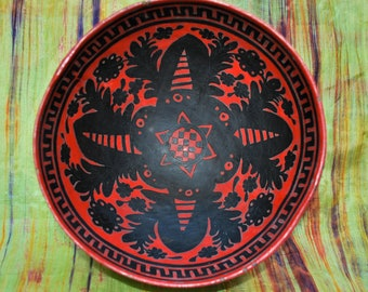 Gourd Bowl with Black and Red Inlay
