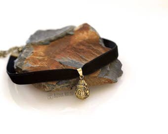 Black Velvet Choker With Small Locket Necklace 70s 90s style choker locket necklace Tiny Locket Bronze necklace