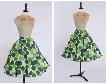 Vintage original 1950s 50s bold interlocking green spot print circle skirt by St Michael UK 6 US 2 XS