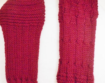 Hand Knit Scarf in Cranberry