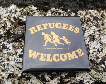 Refugees welcome - fridge magnet