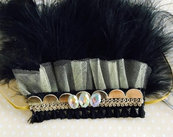 The Cecelia feather crown in black