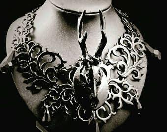 Black Antlers chain