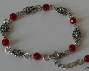 Bracelet with flower-elements